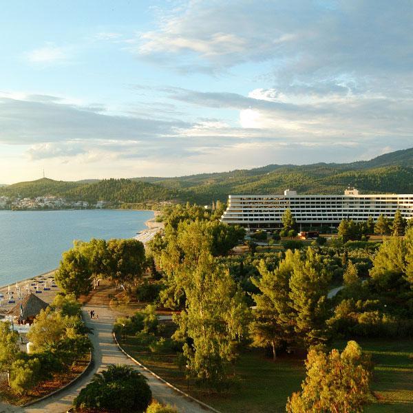At Holidays. Ταξιδιωτικό Γραφείο στην Αθήνα. Πάσχα στην Χαλκιδική Porto Carras Sithonia