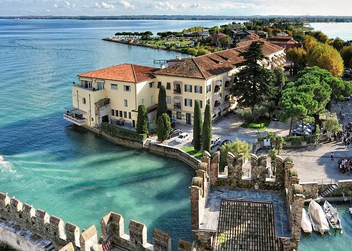 Λίμνη Σιρμιόνε Ιταλία