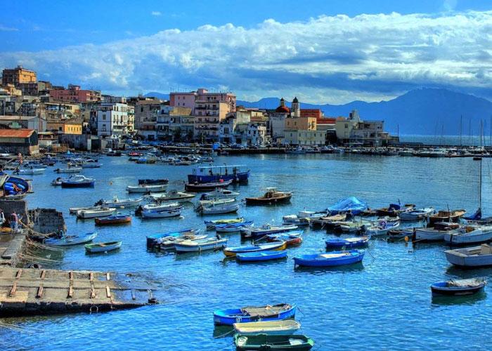 Εκδρομή στην Ιταλία, Νάπολη