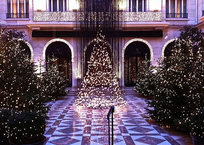 Χριστούγεννα, Πρωτοχρονιά στο Παρίσι